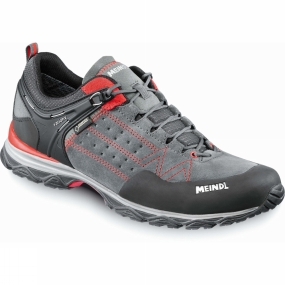 Meindl The Mens Ontario Gtx Shoes from Meindl is a comortable and versatile shoe that provides you the support required no matter where you may be exploring.