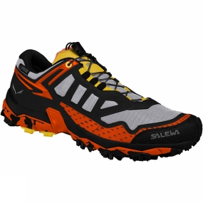 Salewa The Mens Ultra Train GTX Shoe is specifically designed for mountain training, a new product concept introduced by Salewa. The shoe design is focused on offering excellent traction and stability, so you can fully concentrate on your training, whether long runs on mountain trails or uphill intervals.The shoe is built around Michelin