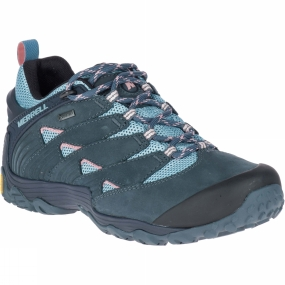Merrell The Womens Chameleon 7 GTX Shoe from Merrel is as adaptable as the reptile it