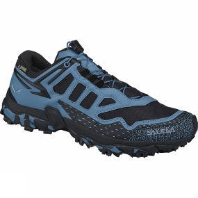Salewa The Womens Ultra Train GTX Shoe is specifically designed for mountain training, a new product concept introduced by Salewa. The shoe design is focused on offering excellent traction and stability, so you can fully concentrate on your training, whether long runs on mountain trails or uphill intervals.The shoe is built around Michelin