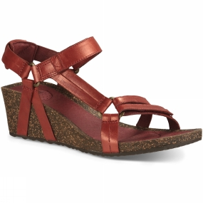 Teva Teva Womens Ysidro Universal Wedge Metallic Sandal Cayenne Red