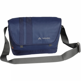 Vaude You can be caught with this one: Ayo is a stylish little iPad-compatible bag that not only looks great, it