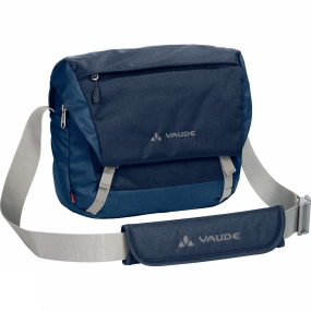 Vaude Simple and smart: The Rom II Shoulder Pack 5.5L is made from environmentally friendly bluesign certified primary materials that can easily withstand an occasional rain shower.Featuring a separate front pocket for easy access, a scratch proof phone compartment and other smart compartments for all your necessities. The padded floor and main compartment zip ensure that your contents remain safely stored even during unforeseen capers.