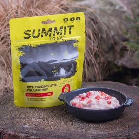Summit to Eat Rice Pudding with Strawberry No Colour