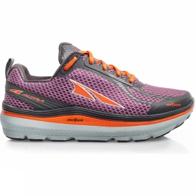 Altra Stay on track with the Altra Paradigm 3.0. This shoe offers a perfect mix of support when you need it and not when you don