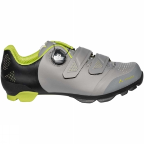 Vaude The Mens MTB Snar Advanced Shoe from Vaude is designed for intensive training rounds. The Snar Advanced combines all that a good MTB shoe has to offer: perfect fit, optimum power transfer and good grippy traction. The Boa L6 dial system pared with Velcro closure lets you fine-tune for a perfect fit. Practical advantage: the Boa system allows you to micro-adjust even while riding. The brushed heel lining as well as the anatomically formed insole support an athletic fit. Ventilation holes in the forefoot as well as in the tongue keep feet well ventilated and comfortable, even during all-out ascents. Toe and heel caps protect against wear and tear, as well as rock strikes on rough terrain. A technical outsole is equipped with a large section of profile lugs, which ensure perfect grip and traction even under tough conditions. The high stiffness of the sole (V-Flow 8) results in direct and efficient power transfer to the pedal. The shoe is compatible with all standard clipless systems.