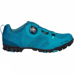 Vaude The Womens TVL Skoj Shoe from Vaude has a knit upper that comfortably conforms to your foot and ensures a pleasant micro-climate. The Boa L6 dial closure system provides a micro-adjustable, secure fit and easy handling even while riding. An Ortholite insole, reinforced in the pedal area with harder PU foam for better pedal pushing power, offers optimal support and comfort. To keep you safe while riding, reflective elements at the heel enhance your visibility in low light conditions. The innovative SUPtraction R20 outsole made from 20% recycled rubber has a high traction lug profile for outstanding grip in both wet and dry street conditions. Medium stiffness (V-Flow 5) in the sole ensures efficient power transfer to the pedal while also allowing for comfortable walkability. A removable cleat cover makes this shoe compatible with most clipless systems.