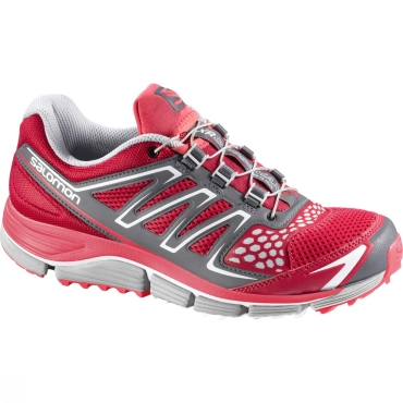 Womens XR Crossmax 2 Running Shoe